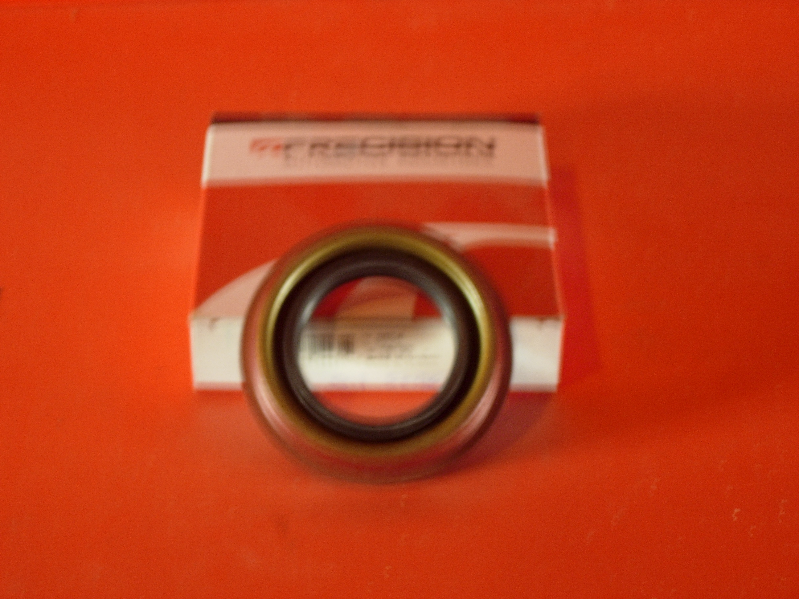 Pinion Oil seal 90-94 Town car