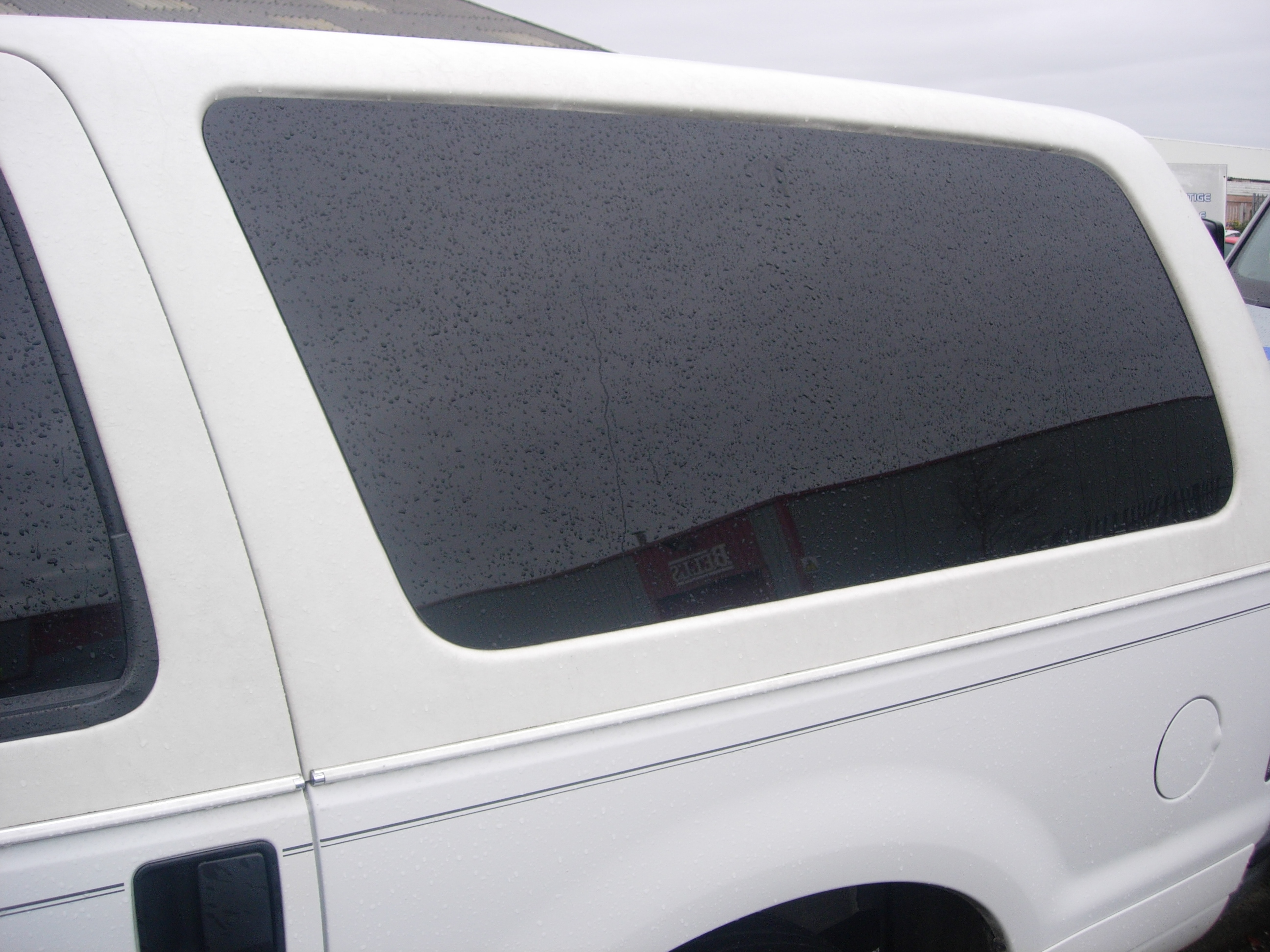 Drivers side rear panel glass 2nd hand